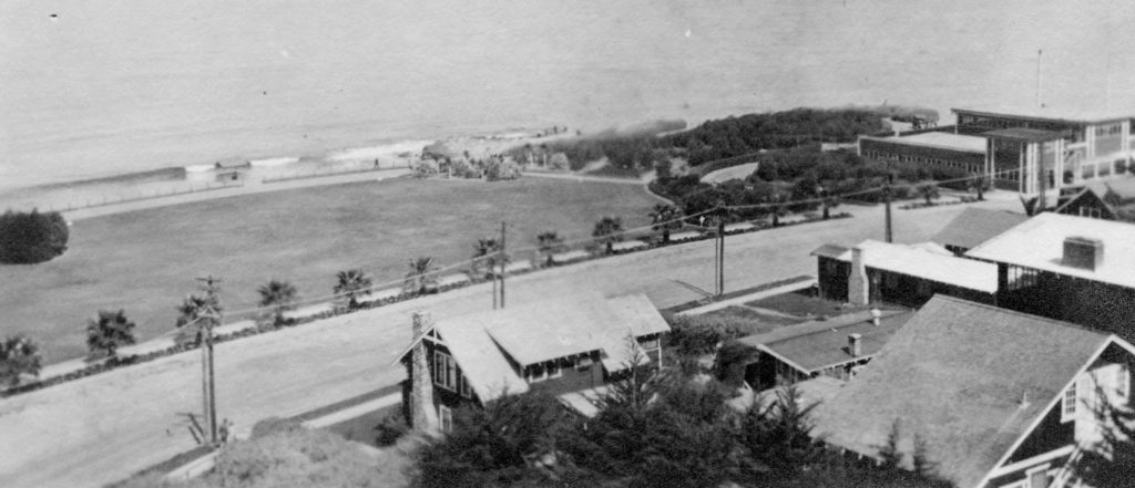 Early 1930s image of Point La Jolla. (La Jolla History)